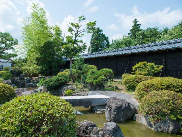 佐藤家の庭園